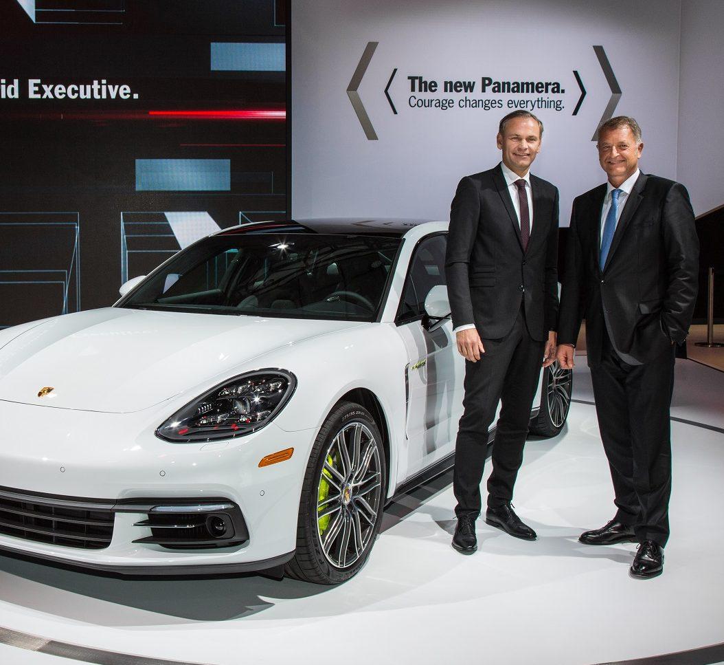 Porsche Panamera model ailesi, yeni üç litrelik V6 turbo motorlu versiyonla genişlemeye devam ediyor